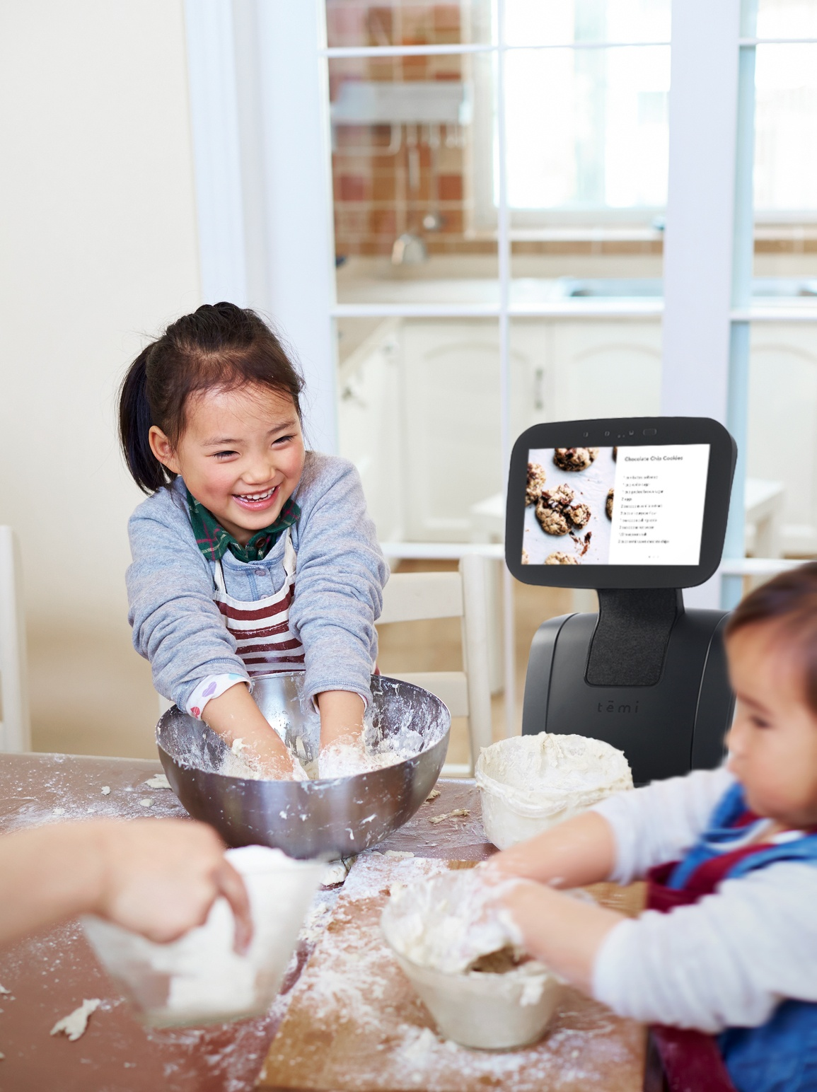 Hands-free kitchen assistant